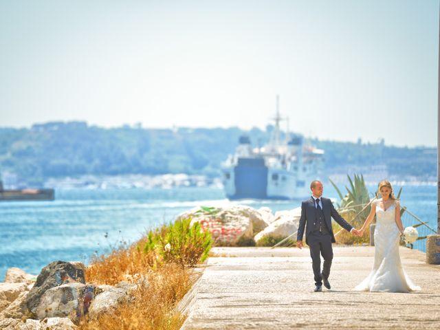 Il matrimonio di Emanuele e Lucia a Pozzuoli, Napoli 35