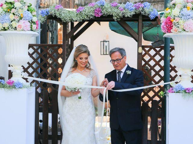 Il matrimonio di Emanuele e Lucia a Pozzuoli, Napoli 56