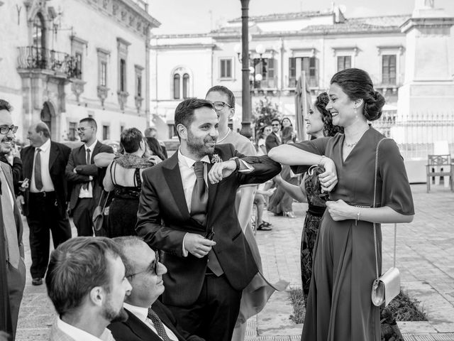 Il matrimonio di Andrea e Miryam a Scicli, Ragusa 23