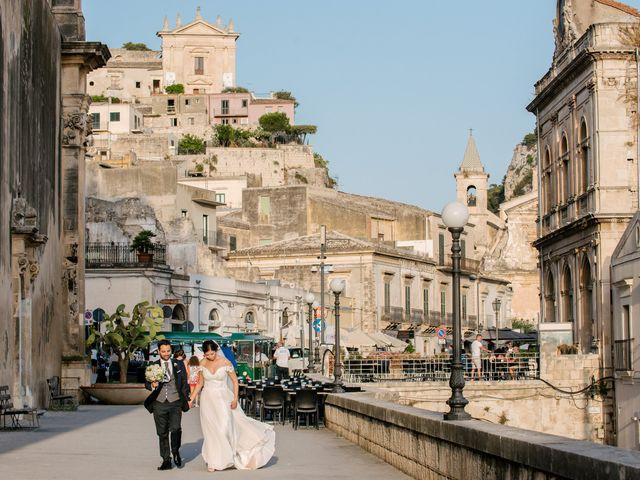 Il matrimonio di Andrea e Miryam a Scicli, Ragusa 33
