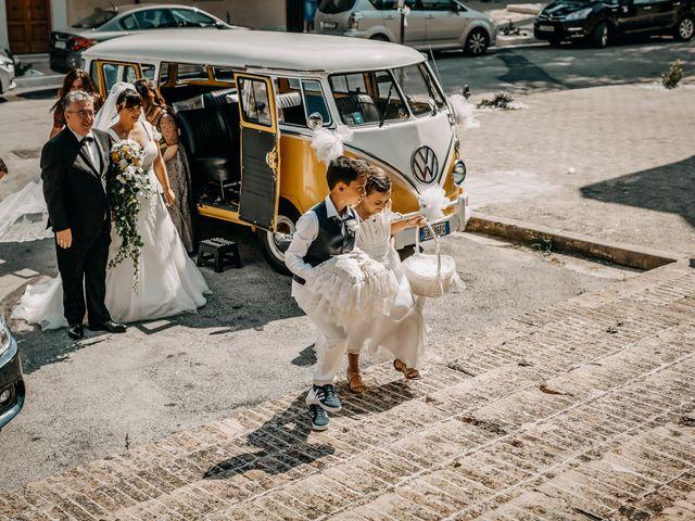 Il matrimonio di Deborah e Alessandro a San Lorenzo in Campo, Pesaro - Urbino 35
