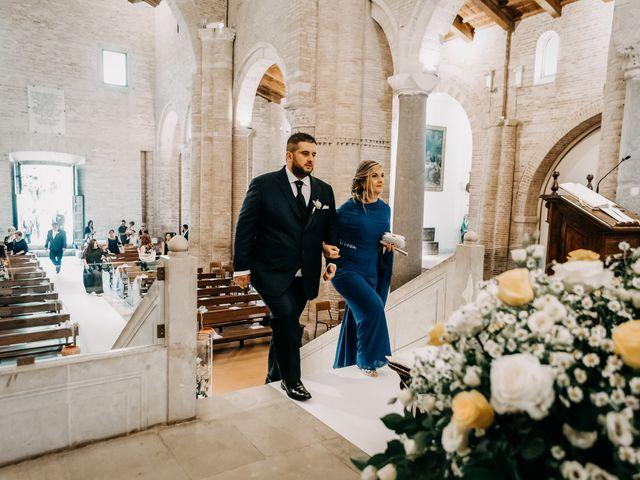 Il matrimonio di Deborah e Alessandro a San Lorenzo in Campo, Pesaro - Urbino 37