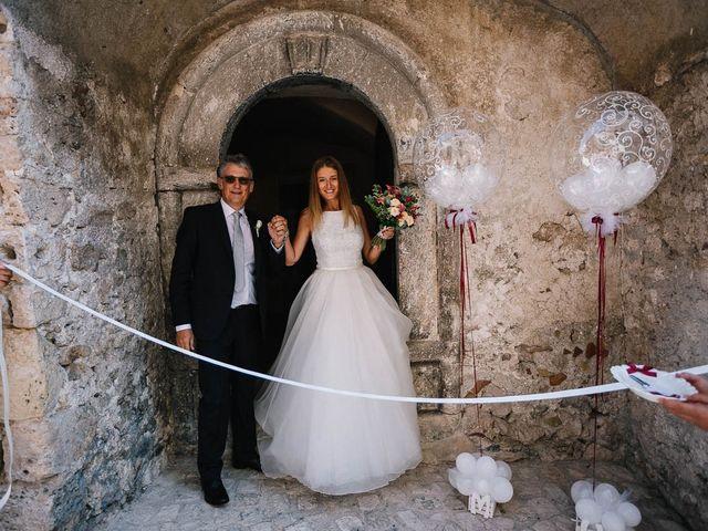 Il matrimonio di Marian e Valentina a Santo Stefano di Sessanio, L'Aquila 23