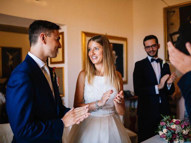 Il matrimonio di Marian e Valentina a Santo Stefano di Sessanio, L'Aquila 35