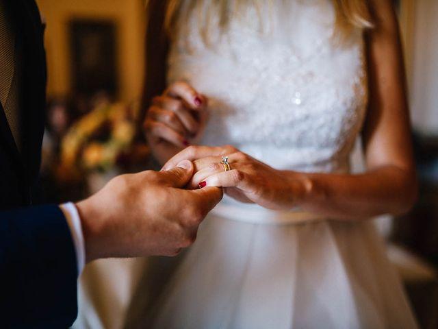 Il matrimonio di Marian e Valentina a Santo Stefano di Sessanio, L'Aquila 36