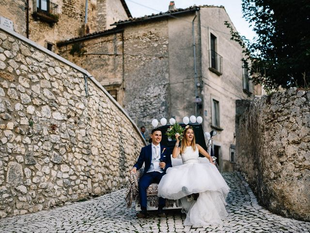 Il matrimonio di Marian e Valentina a Santo Stefano di Sessanio, L'Aquila 52