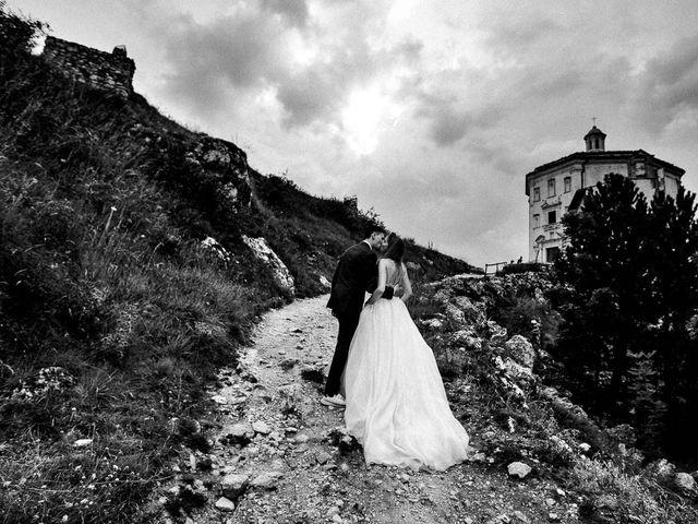 Il matrimonio di Marian e Valentina a Santo Stefano di Sessanio, L'Aquila 53