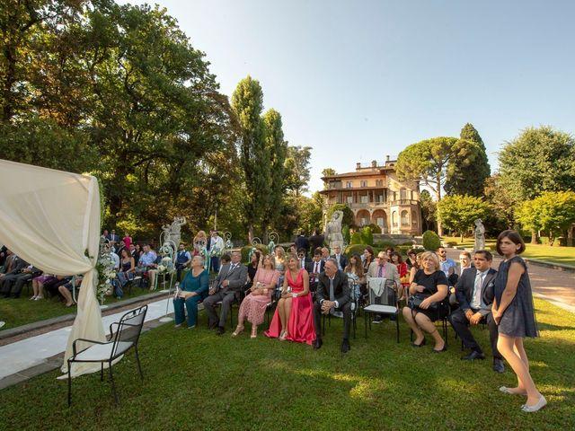 Il matrimonio di Lorenzo e Laura a Mapello, Bergamo 30