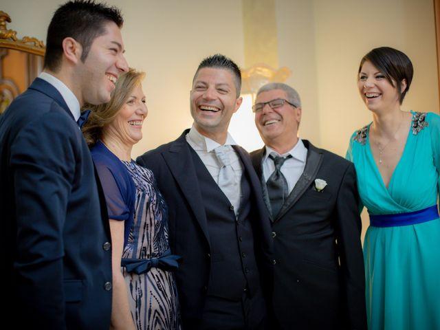 Il matrimonio di Giuseppe e Giada a Cutro, Crotone 10