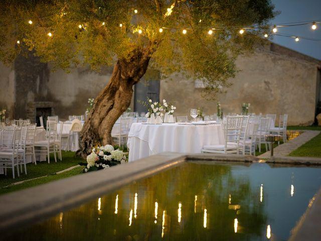 Il matrimonio di Giuseppe e Giada a Cutro, Crotone 24