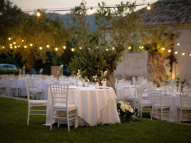 Il matrimonio di Giuseppe e Giada a Cutro, Crotone 28