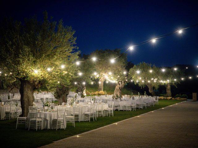 Il matrimonio di Giuseppe e Giada a Cutro, Crotone 30