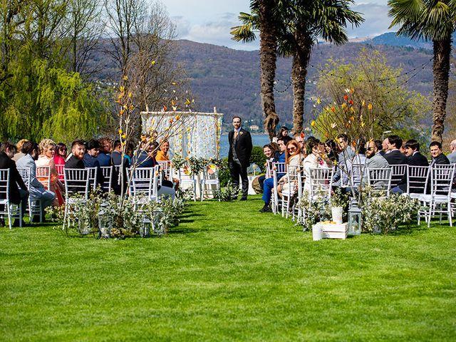 Il matrimonio di Fabio e Susanna a Monvalle, Varese 19