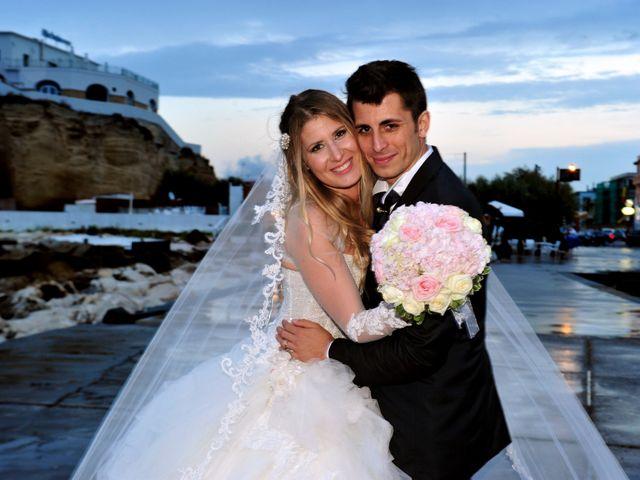 Il matrimonio di Salvatore e Nancy a Torre del Greco, Napoli 21