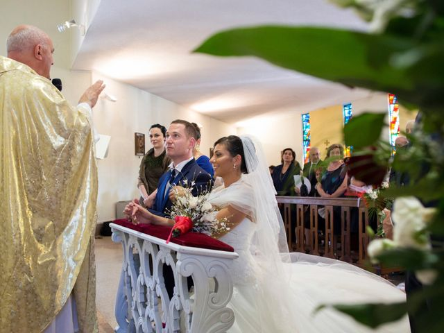 Il matrimonio di Luca e Alisia a Isernia, Isernia 12
