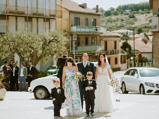 Il matrimonio di Matteo e Serena a Vasto, Chieti 7