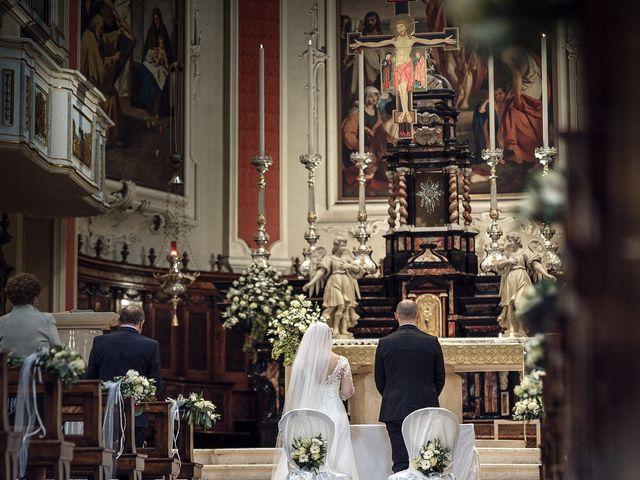 Il matrimonio di Luca e Jenny a Mapello, Bergamo 16