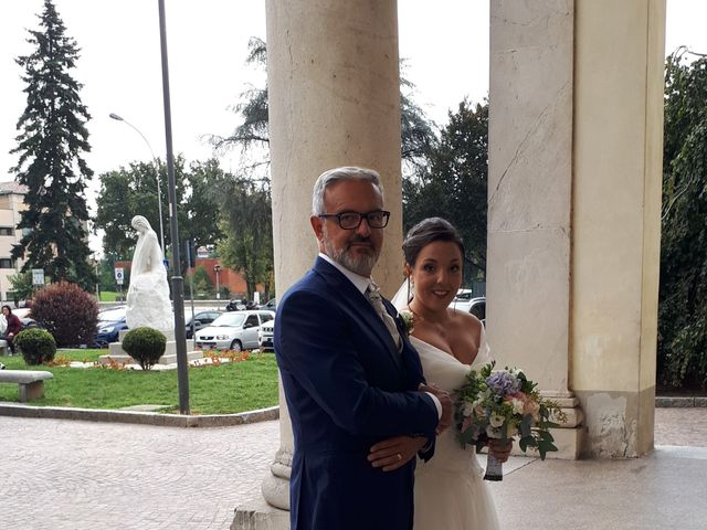 Il matrimonio di Mirko e Claudia a Cornaredo, Milano 10