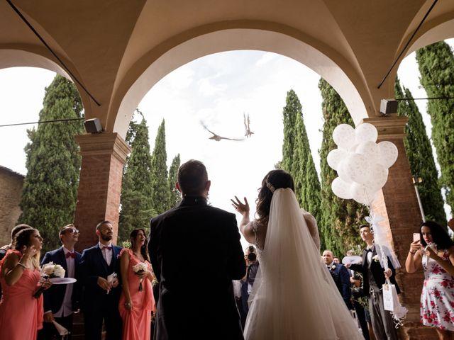 Il matrimonio di Jennifer e Riccardo a Poggibonsi, Siena 23