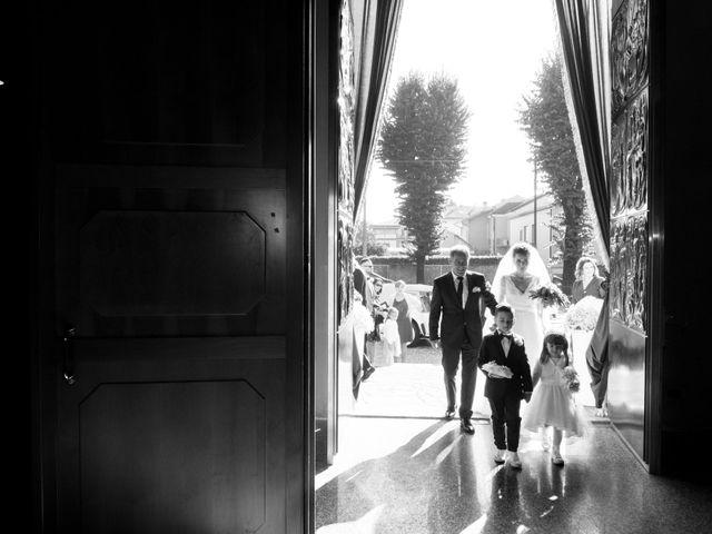 Il matrimonio di Daniele e Claudia a Limbiate, Monza e Brianza 29