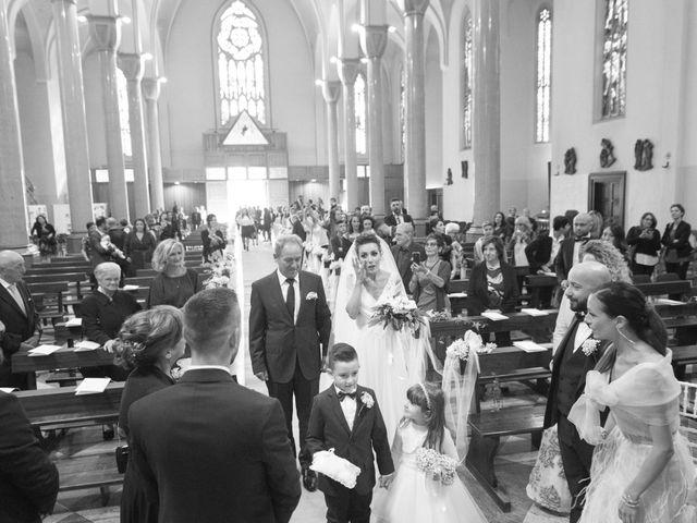 Il matrimonio di Daniele e Claudia a Limbiate, Monza e Brianza 31