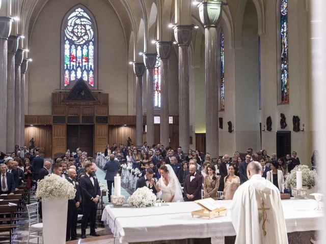 Il matrimonio di Daniele e Claudia a Limbiate, Monza e Brianza 32