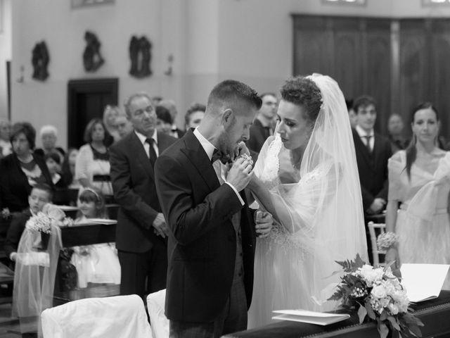 Il matrimonio di Daniele e Claudia a Limbiate, Monza e Brianza 33
