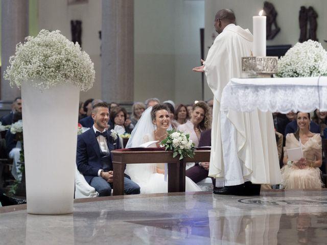Il matrimonio di Daniele e Claudia a Limbiate, Monza e Brianza 34