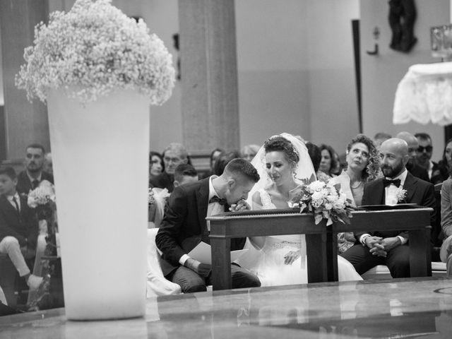 Il matrimonio di Daniele e Claudia a Limbiate, Monza e Brianza 37