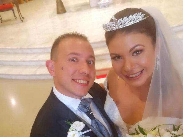 Il matrimonio di Michele  e Claudia a Lecce, Lecce 6