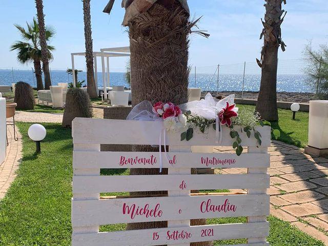 Il matrimonio di Michele  e Claudia a Lecce, Lecce 7
