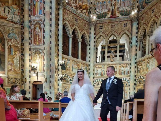 Il matrimonio di Michele  e Claudia a Lecce, Lecce 40