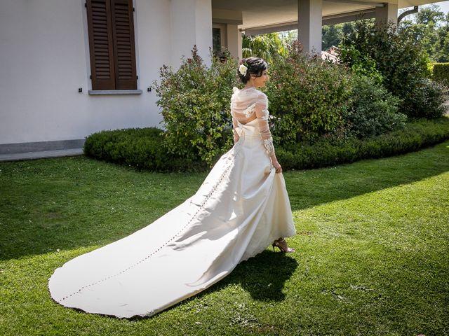 Il matrimonio di Claudio e Loreto a Barzago, Lecco 17
