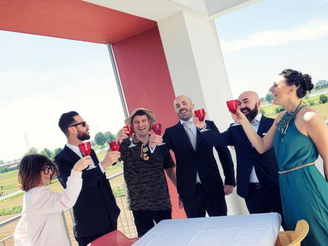 Il matrimonio di Loris e Caroline a Robecco sul Naviglio, Milano 13