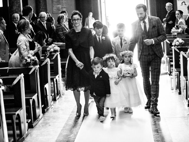 Il matrimonio di Loris e Caroline a Robecco sul Naviglio, Milano 38