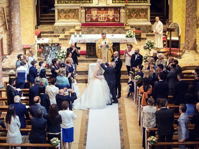 Il matrimonio di Loris e Caroline a Robecco sul Naviglio, Milano 43