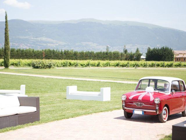 Il matrimonio di Clarissa  e Daniele a Bevagna, Perugia 10
