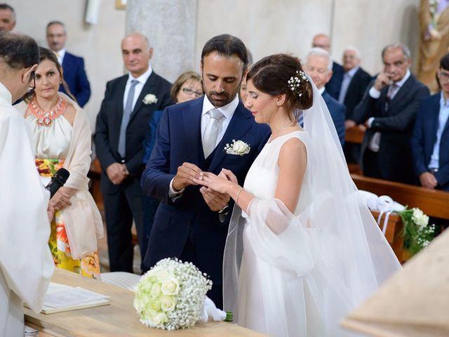 Il matrimonio di Pietro e Ilaria a Capaccio Paestum, Salerno 31
