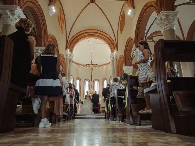 Il matrimonio di Elisa e Vanes a Bologna, Bologna 16
