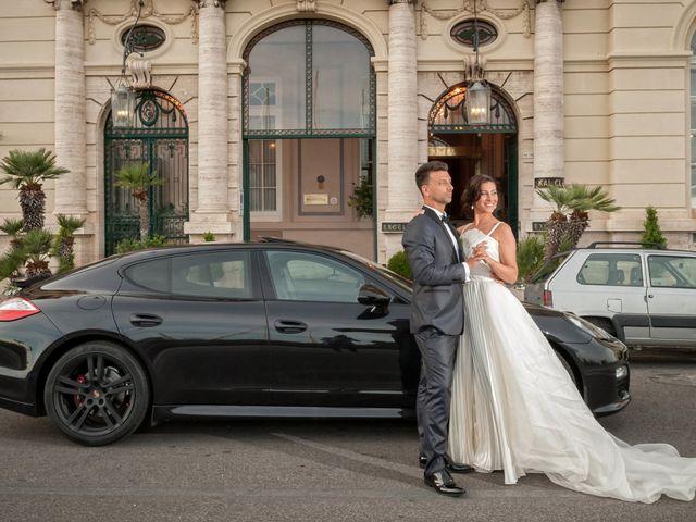 Il matrimonio di Massimiliano e Serena a Napoli, Napoli 13