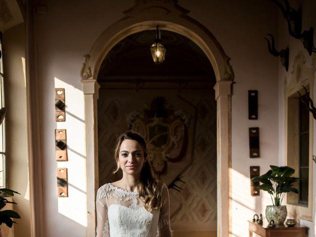 Il matrimonio di Simone e Vitrina a Persico Dosimo, Cremona 9