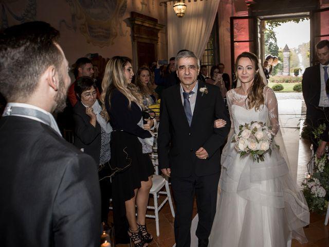 Il matrimonio di Simone e Vitrina a Persico Dosimo, Cremona 16