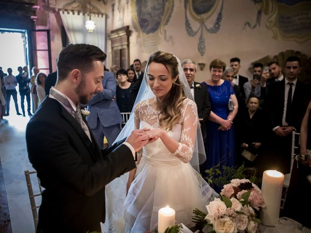 Il matrimonio di Simone e Vitrina a Persico Dosimo, Cremona 20