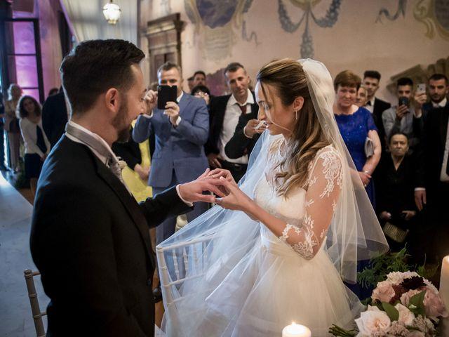 Il matrimonio di Simone e Vitrina a Persico Dosimo, Cremona 21