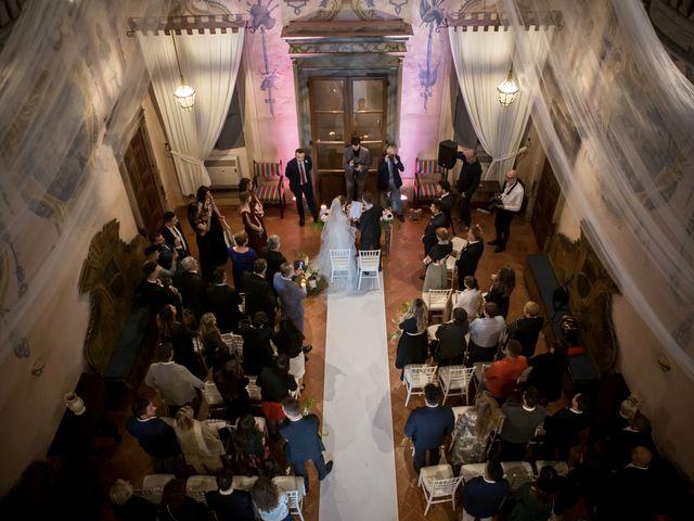 Il matrimonio di Simone e Vitrina a Persico Dosimo, Cremona 27
