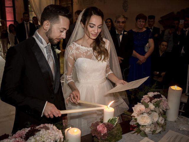 Il matrimonio di Simone e Vitrina a Persico Dosimo, Cremona 28