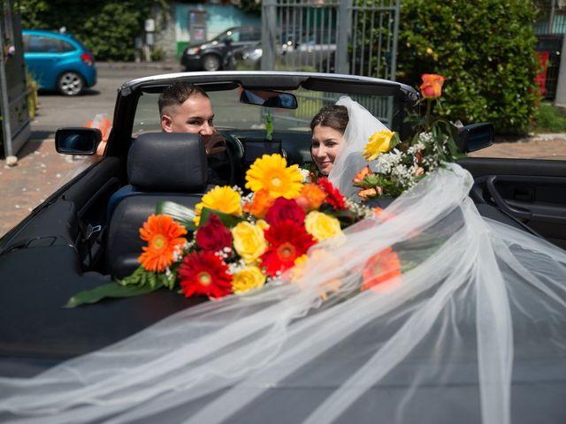 Il matrimonio di Andrea e Veronica a Limito Di Pioltello, Milano 21