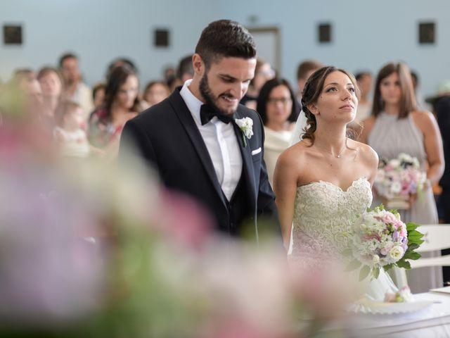 Il matrimonio di Marino e Maria a Mola di Bari, Bari 16