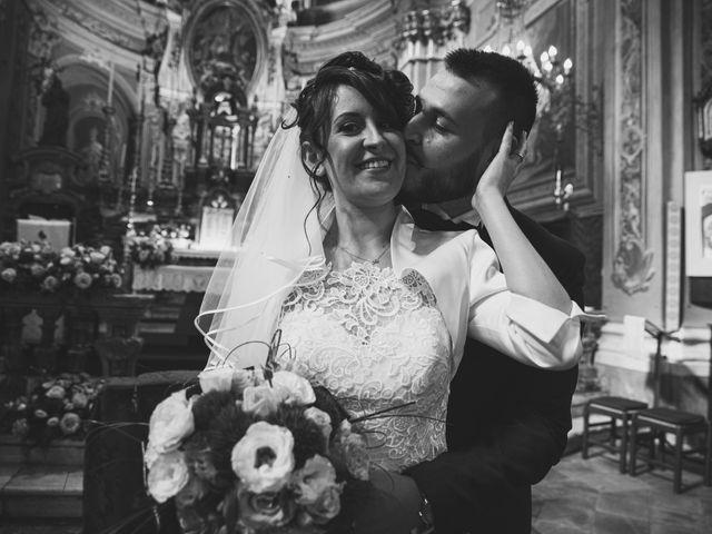Il matrimonio di Luca e Sabrina a Piscina, Torino 25