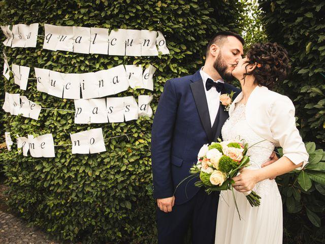 Il matrimonio di Luca e Sabrina a Piscina, Torino 29